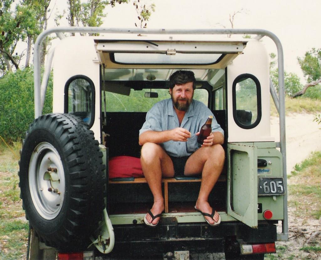 Travel around australian three speed no handbrake long range