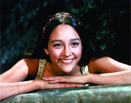 olivia hussey underage bed scene nudity