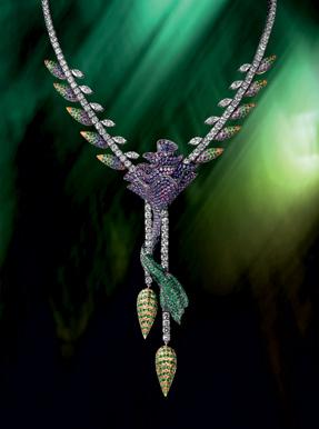 Boucheron Paris souvenir necklace limited edition