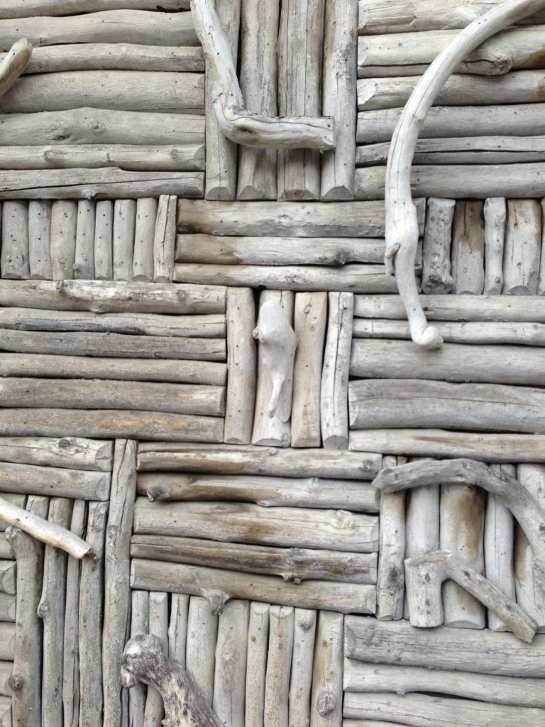 driftwood house2