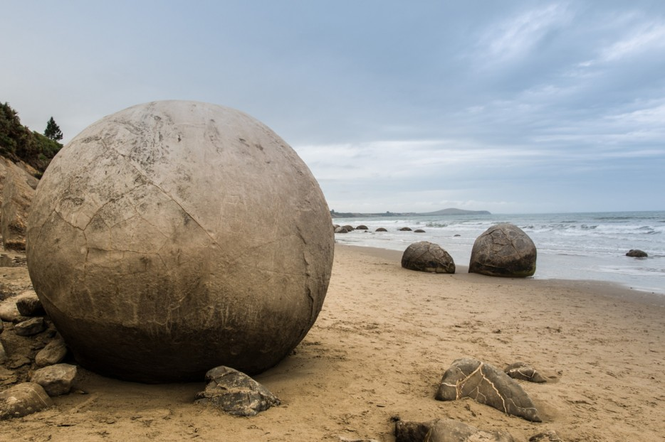 Spherical Boulders moeraki