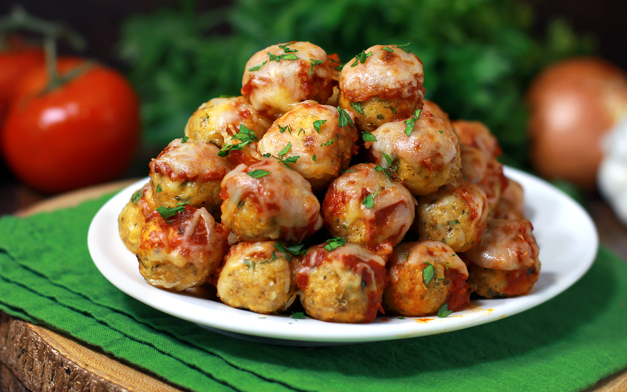 chicken parmesean meatball poppers