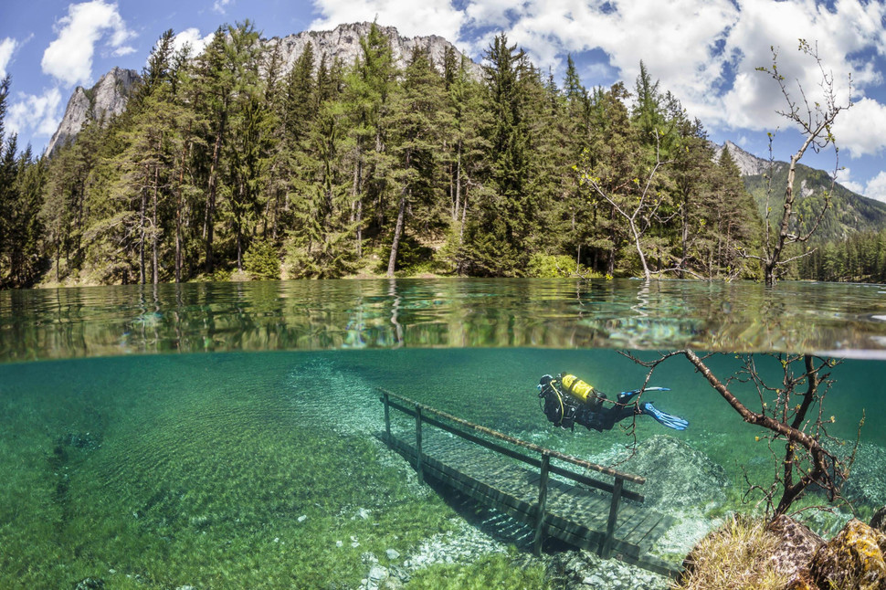 Underwater Green Lake Aust