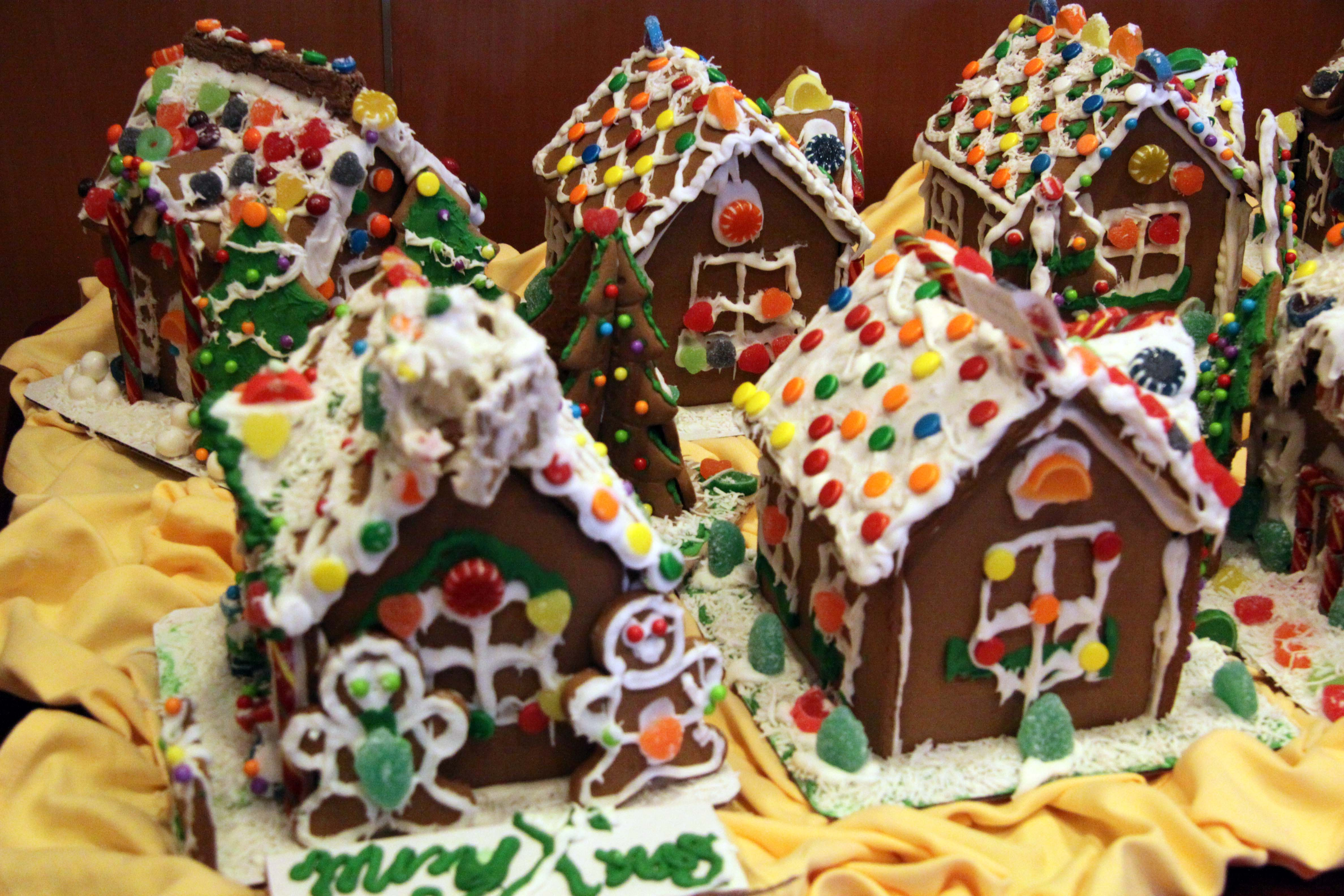 SGingerbread house comp 1