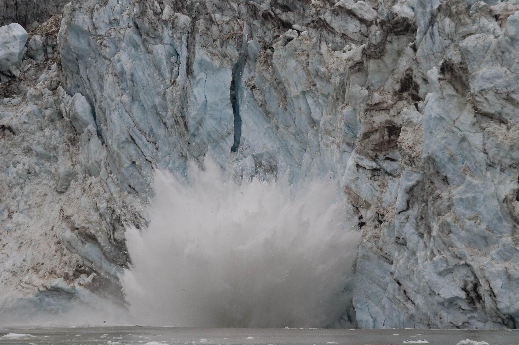 Calving glaciers!