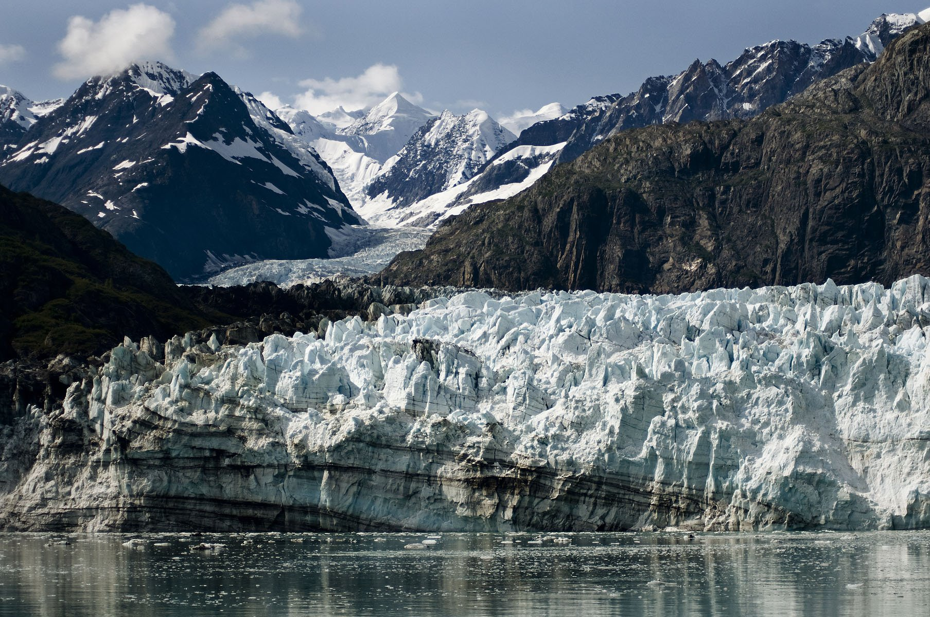 Margerie Glacier leads off to Mt Fairweather.