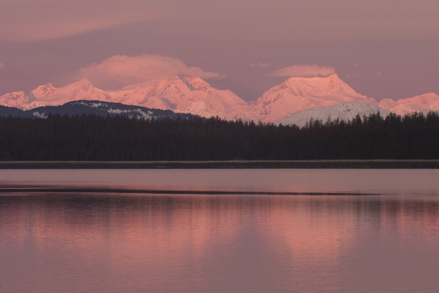 Glacier Bay sunrise around 9 o'clock.