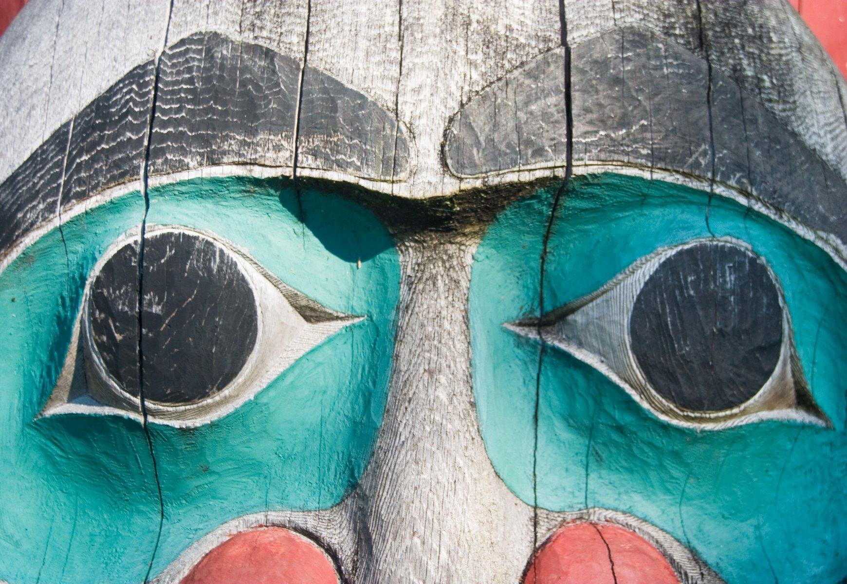 Tlingit art, totem pole.