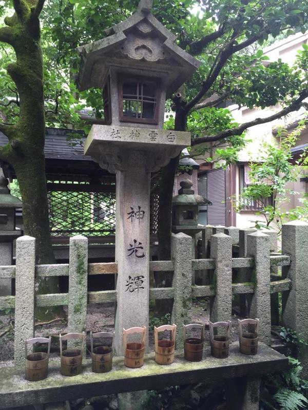 imperial-palace-shrine-4.jpg