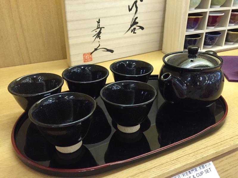 tea-sets.jpg